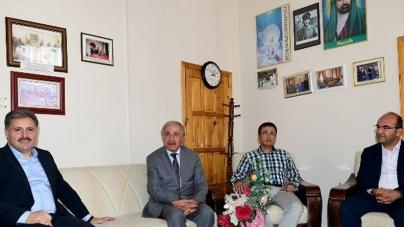 Malatya Büyükşehir Belediye Başkanı Alevi Kurumlarını Ziyaret Etti
