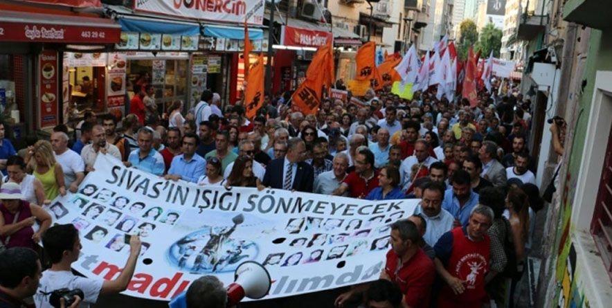 İzmir'de 2 Temmuz Anma Yürüyüşüne Soruşturma