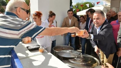 Konyaaltı Cemevi'nde Aşure İkramı | Antalya