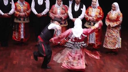Yasal Tanınmazlık ile Görünür Meşruiyet Arasındaki Gerilimde Türkiye'de Aleviler